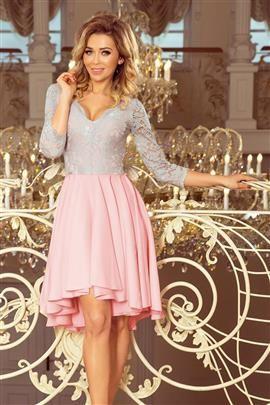 KLARA - sukienka z dłuższym tyłem z koronkowym dekoltem - PASTELOWY RÓŻ + SZARY